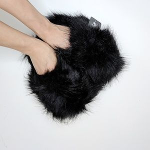 BEBE girls faux fur slippers cusion suede S 11-12